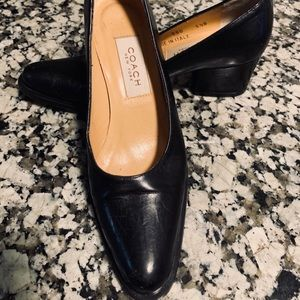 COACH black leather pump shoes